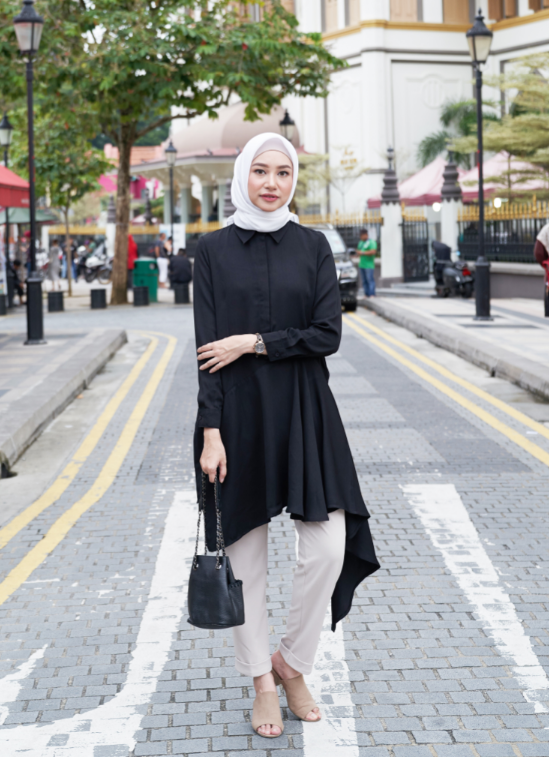 AYANA TUNIC IN BLACK SIZE S